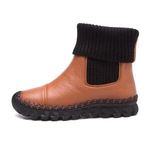 Image 2 - جديد 2020 النساء الشتاء حذاء من الجلد اليدوية المخملية شقة مع الأحذية حذاء مريحة عادية حقيقية أحذية من الجلد النساء الثلوج الأحذية
