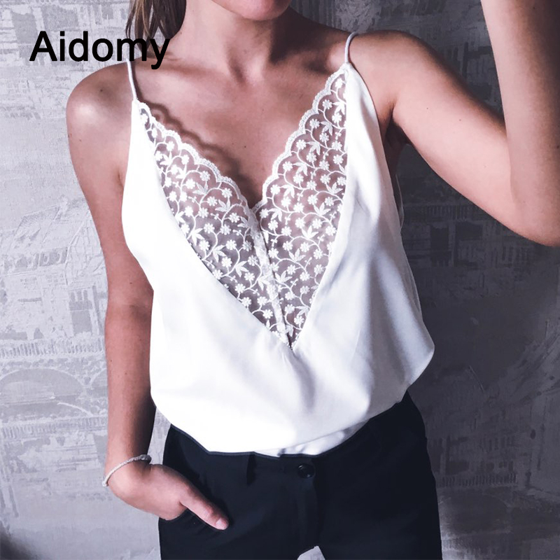 Summer Tank Top Women 2018 Summer Casual V-Neck Solid White Tops Women Lace Patchwork Beach Top Female Reversible Lace Camisole
