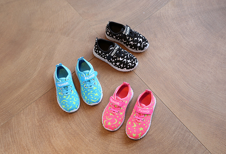 17 New Kids LED Sneakers Breathable Children Sports shoes Baby boys Luminous shoes for girls shoe with light Size 21-30 3