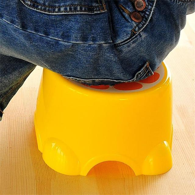 Fruit Trumpet Children's Stool Cute Plastic Stool Round Stool Baby Cartoon Stool Thickened Bench  Chair for Children 2