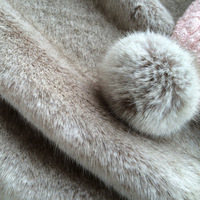 Faux Fur Apparel Fabric Home Textile Fabrics 1150gsm Dry Cleaning Width150cm 80 Acrylic 20 Polyester