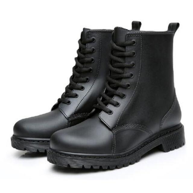 Moda 2016 Mulheres Rendas Até Botas de Tornozelo Mulheres Botas de Chuva de Borracha À Prova D' Água Senhoras Martin Botas Sapatos Casuais Conforto