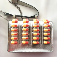 2019Fashion personality design pill shape chain shoulder bag shoulder bag creative Messenger bag clutch bag mini mobile wallet
