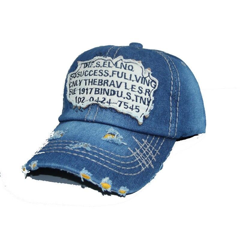 2017 Uomini di Marca di Modo Lettera berretto da baseball Regolabile cappello di snapback berretto di cotone primavera hip hop tappo montato per le donne degli uomini rosso