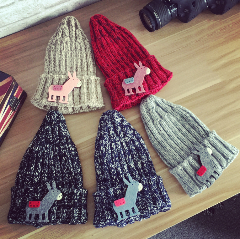 Korean Children cute Ponies animal wool hat Kids Winter Fall warm caps Fashion Boy Girls Beanies Baby Thick warm knit cap the new children s cubs hat qiu dong with cartoon animals knitting wool cap and pile