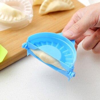 Empanada maker 4