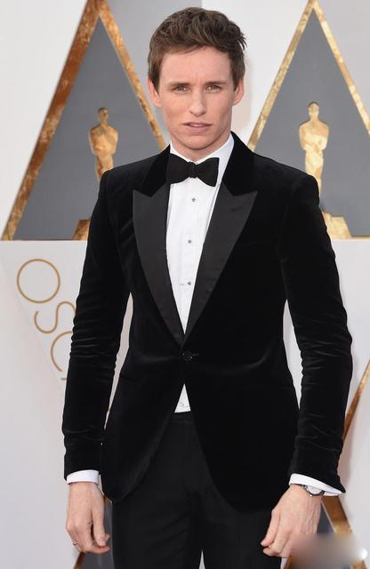 High Quality One On Black Velvet Groom Tuxedos Groomsmen Mens Wedding Suits Formal Dress Jacket