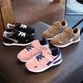 Nueva moda estudiante transpirable casual shoes niños shoes zapatillas infantil muchachas del muchacho de los niños kids running sport shoes 26-37