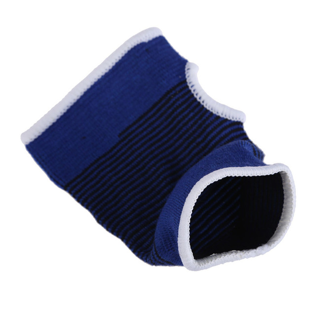 Elastic Sports Gloves for Wrist and Hand Support