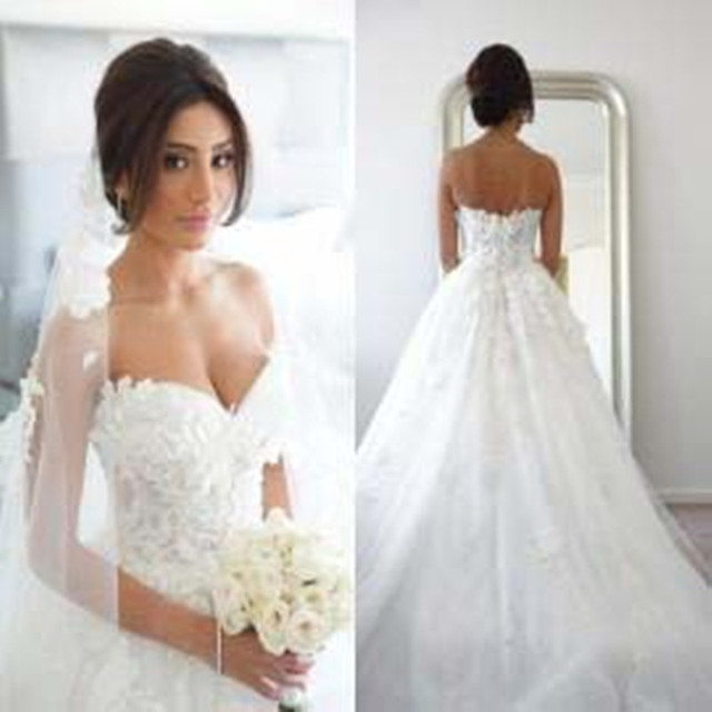 Beautiful Champagne Ivory Wedding Dresses 2017 With Lique Ball Gown Sweetheart Neck Sleeveless Backless Vestido