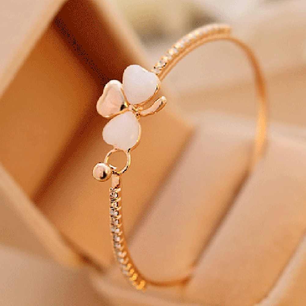 Corea del Sur exquisito lujo pequeño fragante brazalete color durazno pulsera de trébol coreano pulsera de ópalo al por mayor