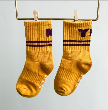 Children's socks wholesale tide kids boys girls 2021 years new left and right foot sports letters cotton socks 6