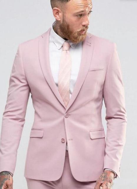 Nueva llegada luz Rosa traje de hombre delgado vestido de fiesta smoking  para playa boda traje f58a7e12b4d