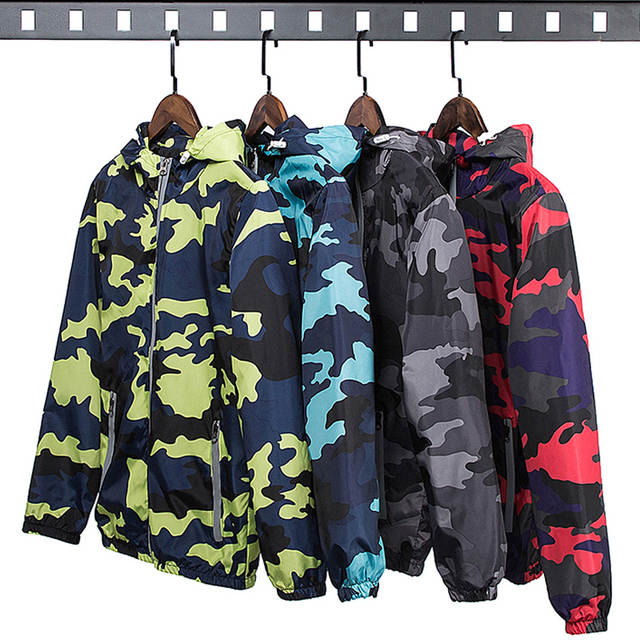 11ffc22704a9 Online Shop LeeLion 2018 Reflective Camouflage Jacket Men Zipper Cardigan  Hooded Coat Spring Fashion Casual Men s Slim Fit Windbreaker New