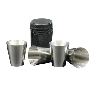 4Pcs/Set Stainless Steel Hip Flask with Leather Case Portable Mini 1 OZ Pocket Flask Set Liquor Whiskey Alcohol Cup Wedding Gift