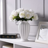 Modern Minimalist Europe Style Ceramic Flower Vase Ornaments Creative Tabletop Flower White Vase Wedding Home Decor Ceramic Vase