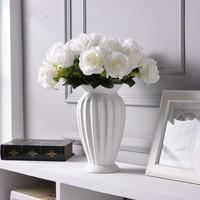Modern Minimalist Europe Style Ceramic Flower Vase Ornaments Creative Tabletop Flower White Vase Wedding Home Decor Ceramic Vase