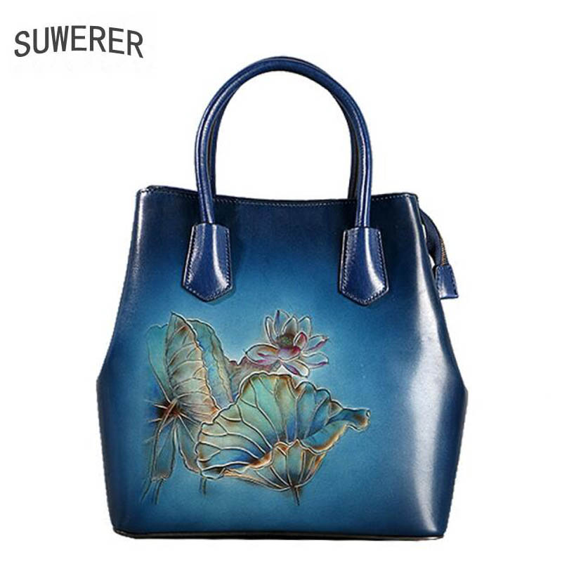 2018 new ethnic style leather handbags The first layer of leather large-capacity handbag Hand-painted lotus messenger bag new korean version of the first layer of leather pillow bag large lychee pattern handbag shoulder messenger fashion leather leat