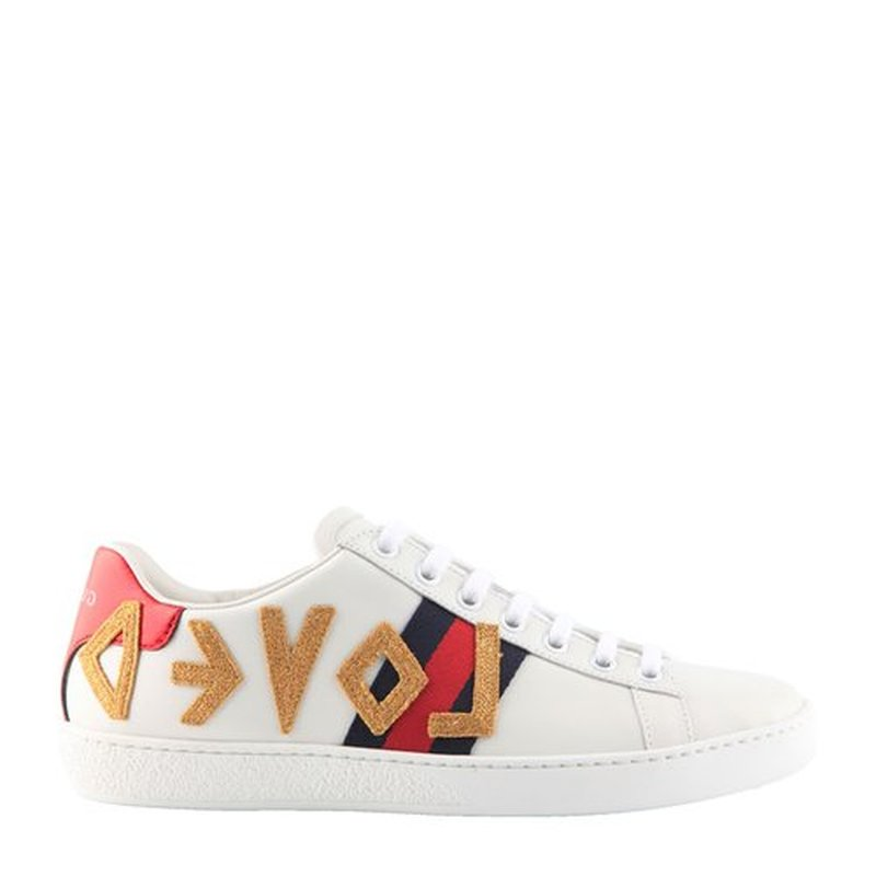 Top Quality High End Love Letters Flat White Shoes Women Love Embroidery Leather Leather Tether Casual Board Shoes цены онлайн