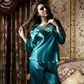 XIFENNI Марка Женщины Шелкового Атласа Пижамы Высокое Качество Имитация Шелка Пижамы Устанавливает Вышивка Женский Пижамы Пижамы 8101