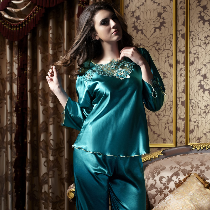 XIFENNI Brand Women Satin Silk Pajamas High Quality Imitation Silk Pyjama Sets Embroidery Female Sleepwear Nightwear 8101