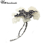 MOQ 60 Flower Brooch Large Lapel Pin Acrylic Broches Pins Broche Wedding Bouquet Brooches for Women Dresses Boutonniere Jewelry