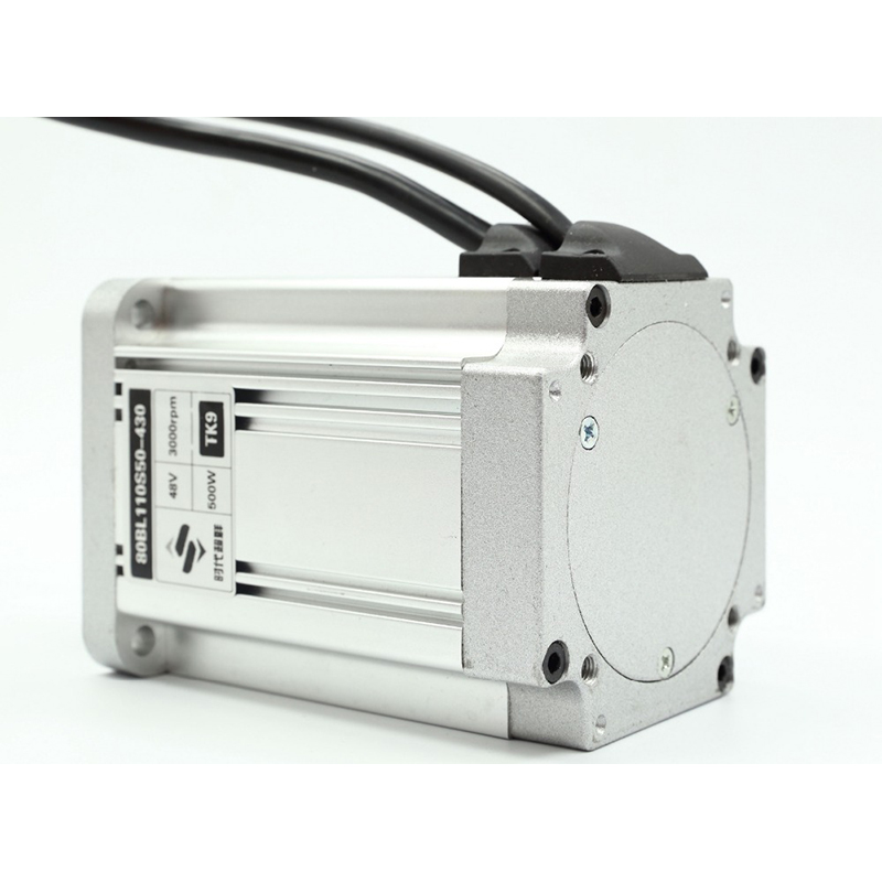 1.6N.m 14.8A 3 Phase Square Bride Brushless DC Moteur 48 v 500 w 3000 rpm 80mm Corps longueur 110mm