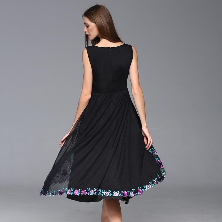 Manches Offre 2019 D'été Populaire Sans V Femmes Spéciale Broderie Européenne Fleurs Vintage Robe Top cou Mode Noir Robes De 5PqgZx1w