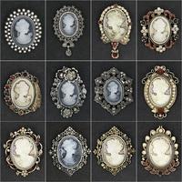 Fabrik Direkt Verkauf Verschiedene Stile Kristall Strass Cameo Vintage Brosche Pins für Frauen in Antike Gold/Silber Farben