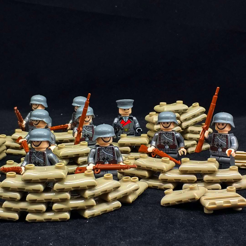 10PCS Classic WW2 German Army Soldiers Building Blocks Bricks Military Figures Weapons Guns Model Accessories Brick Kids Toys
