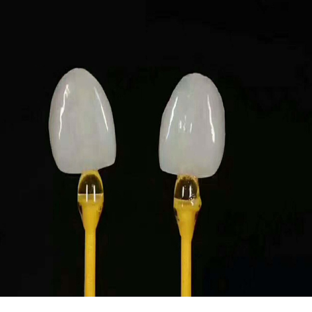 20 pcs Dental Lab Ceramist Product Sticky Stick holding Emax Onlays Inlays Emax Crowns disaposable consumables