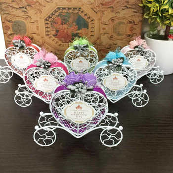 50Pcs Love Heart Candy Boxes Weddin Favor Romantic Cinderella Carriage Chocolate Boxes Wedding Birthday Party Flower Decor