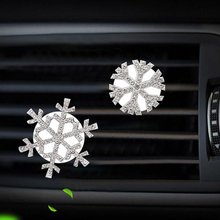 CDCOTN 1Piece Car Air Freshener Perfume Snowflake Shape Crystal Diamond Conditioning Outlet Clip Accessories