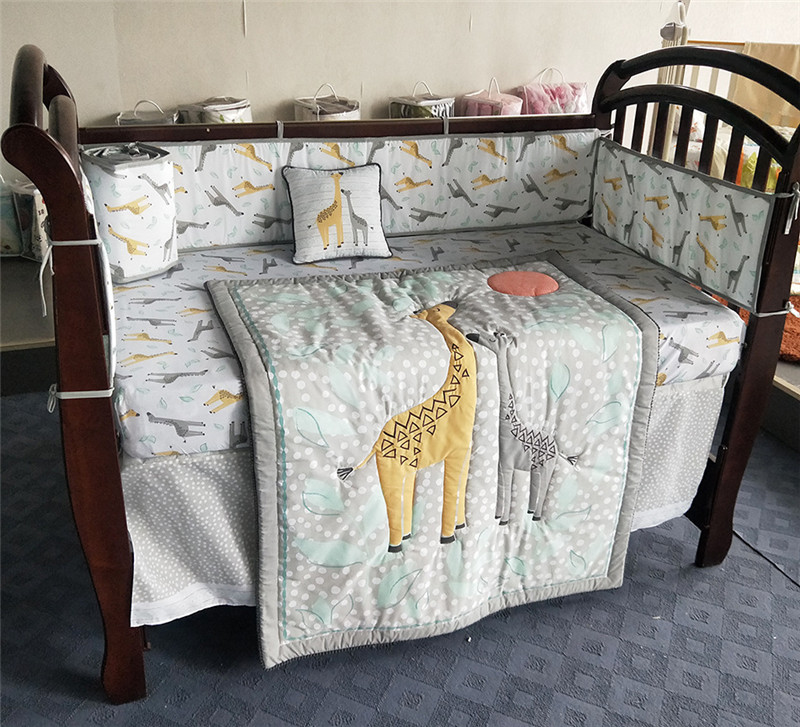 Baby Bed Bumper Cotton Soft Breathable Baby Infant Bedding Set Cartoon Giraffe Cute Animal Embroidery Baby BedSheet Quilt Pillow