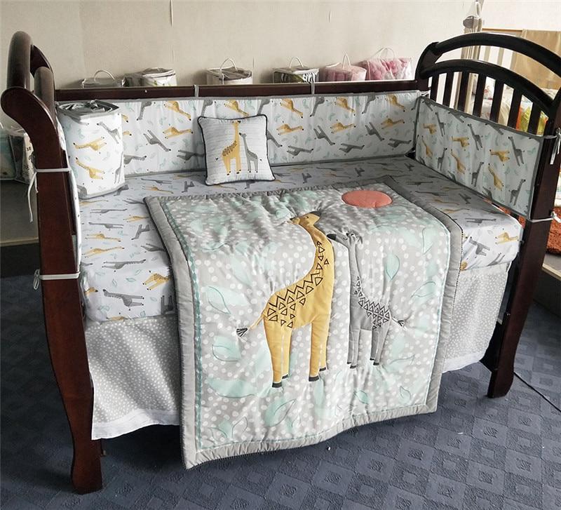 Baby Bed Bumpers Cotton Soft Breathable Babies Bedding Set Cartoon Cute Giraffe Newbron Bed Crib Bumper Sheet Quilt Duvet Pillow