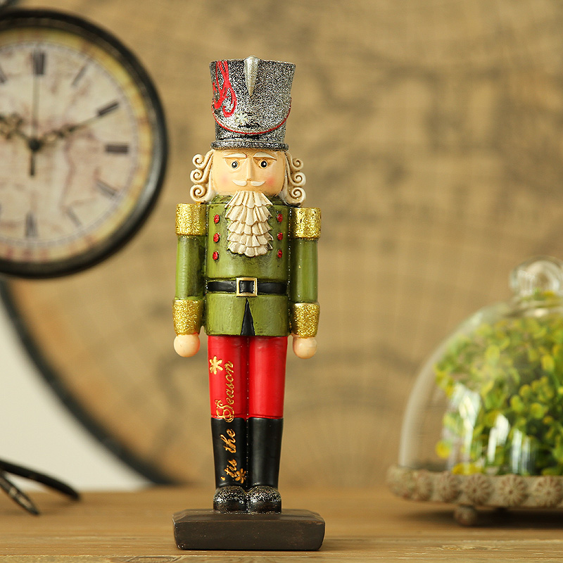 Children's room decoration decoration Home Furnishing window props creative gifts & Crafts General walnut Nutcracker