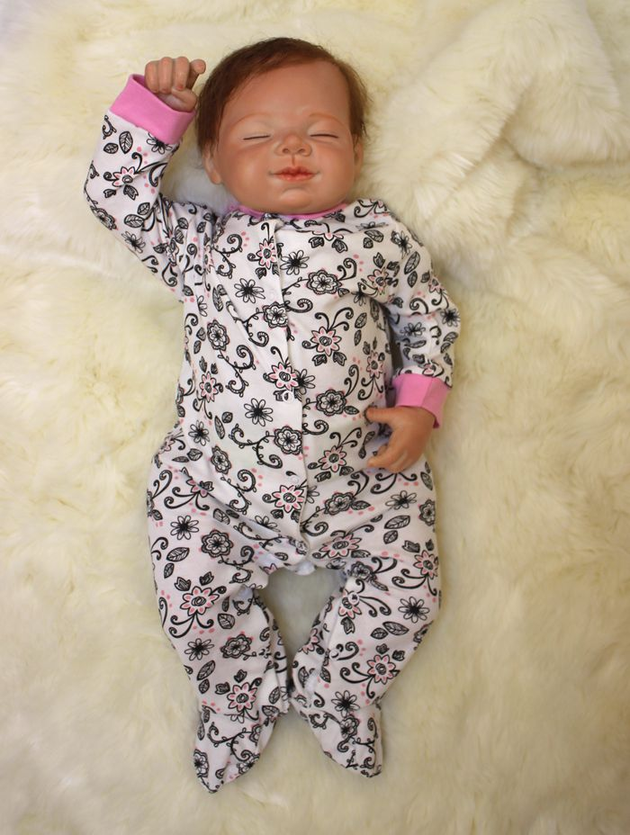 265762a03f3b Real Touch Silicone Reborn Baby Doll Toy Lifelike Exquisite Soft ...