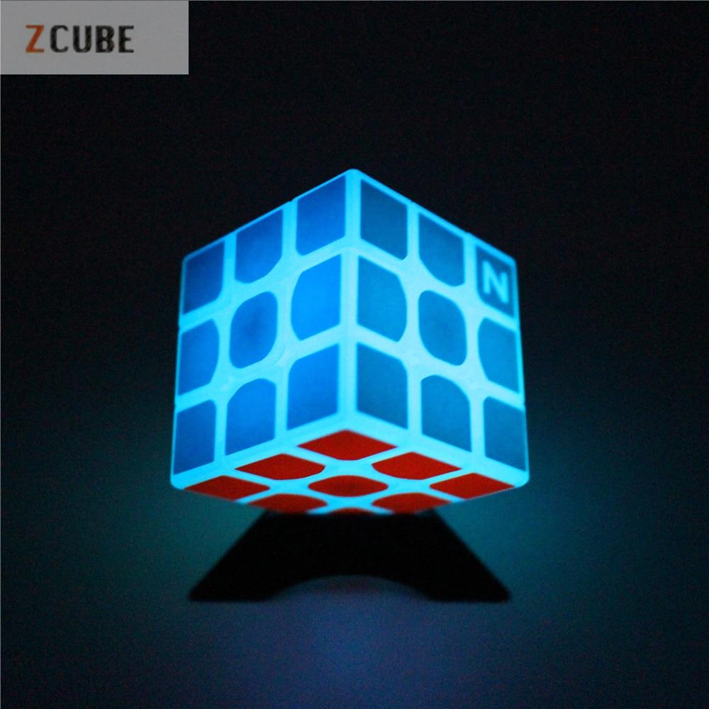 Neueste Zcube 3x3x3 Profissional Magic Cube Blue licht Transparent Glow Wettbewerb Geschwindigkeit Puzzle Cubes cubo Muster aufkleber