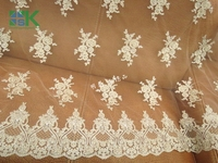 2016 Fashion Lace Fabric Art Lace Light Beige Bone Spur Lace Car Full Of Gold Garment