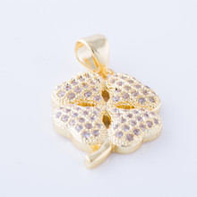 2017 New Micro Pave Zircon Stone Clover Pendant Charms For Necklaces Crystal Gold Color Charms For Women Jewelry DIY CHF377