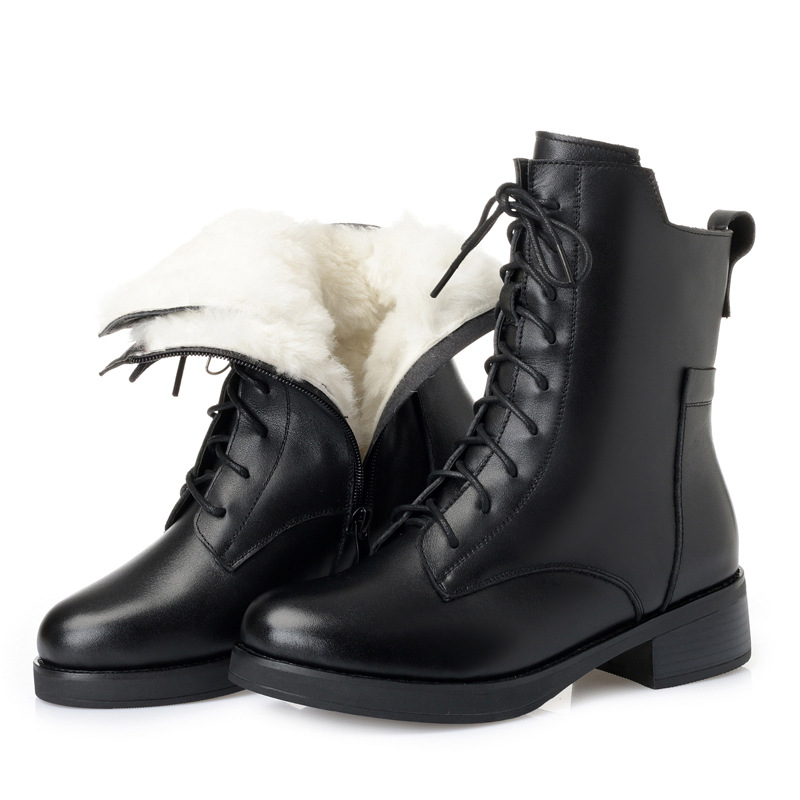 купить 2018 New Winter Boots Women Fashion Lace Black Genuine Leather Women Boots Non-slip Comfort Warm Fur One Wool Snow Boots по цене 3385.6 рублей