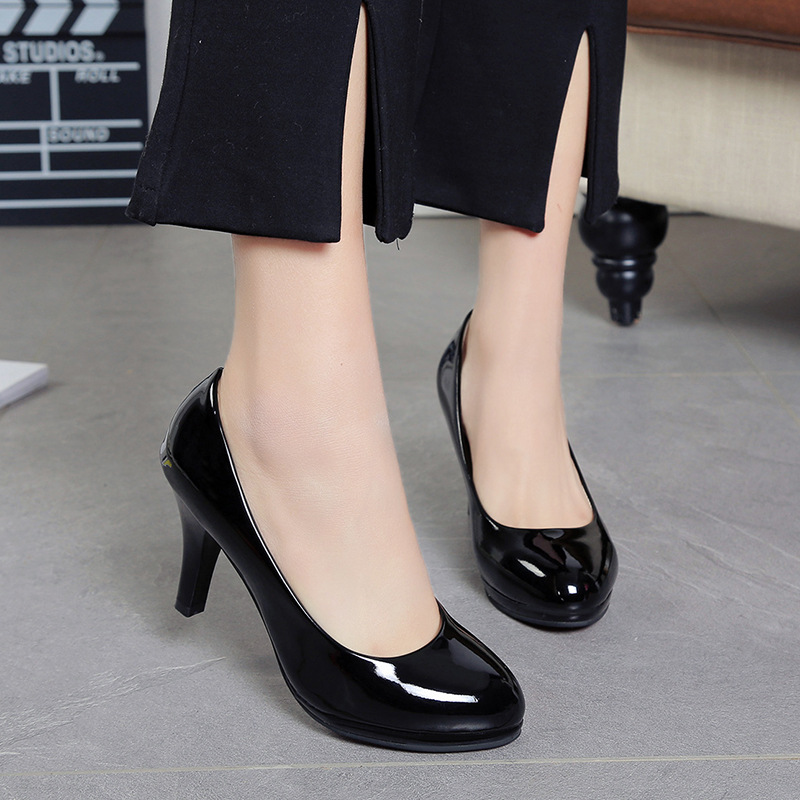 Spring and summer new dress shoes with a round head professional work shoes high heels patent leather shoesSpring and summer new dress shoes with a round head professional work shoes high heels patent leather shoes