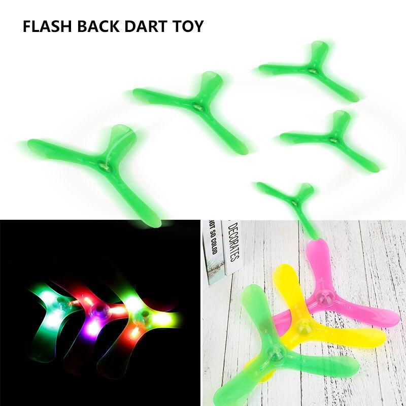 Дартс игрушки назад Дартс пластиковые светодиодные упражнения коллекция развлечения крутая игра на открытом воздухе Детские хобби спорт подарок Бумеранг