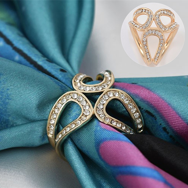 Vintage Gold Color brooch Silk Scarf Buckle Hollow flower rhinestone  broches jewelry fashion Brooches women Pin d1da9bc66173