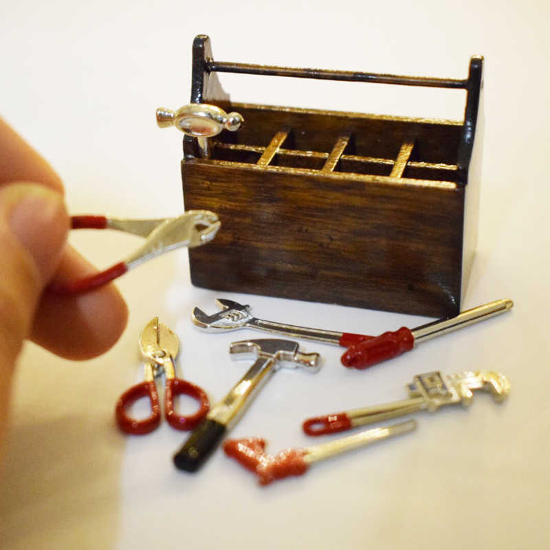 1:12 Scale Dollhouse Miniature Wooden Hand Tool Home Shop Accessories Set Box