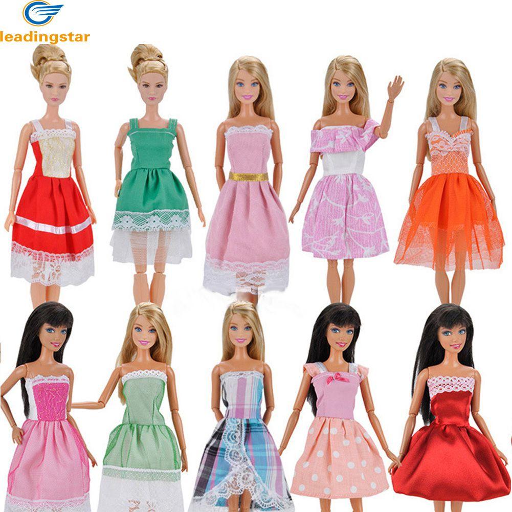 Все наряды для куклы картинки