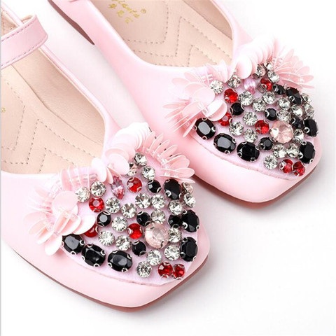 Kids shoes 2019 girls leather shoes spring autumn flat rhinestone flowers children soft bottom princess shoes Karachi