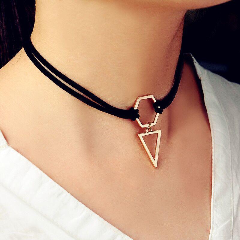 97b2a6d1b8a6 2016 nueva moda de moda negro terciopelo cuerda gargantilla collar de oro  color geometría con triángulo para mujeres Niñas
