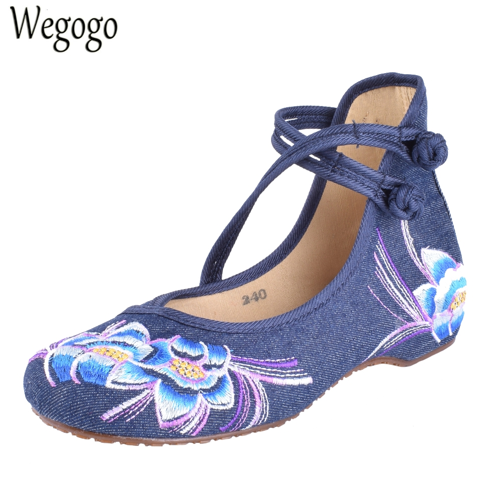 Wegogo Women Flats Shoes Chinese Casual Canvas Flower Embroidered Mary Janes Walking Dance Ballet Shoes For Woman Plus Size 41 women flats summer new old beijing embroidery shoes chinese national embroidered canvas soft women s singles dance ballet shoes