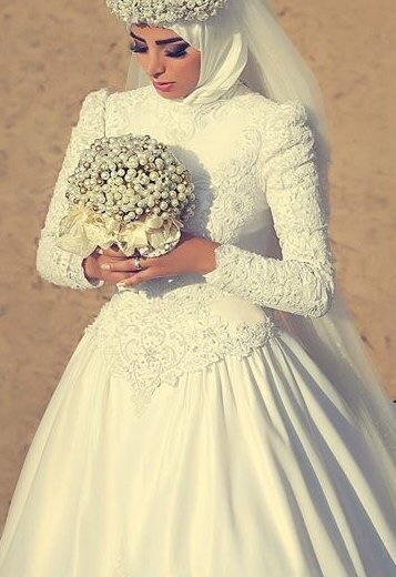 Buy lace ball gown wedding dresses for Wedding dress in dubai